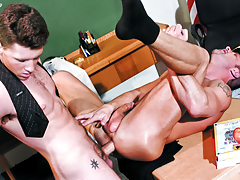 Barrette Scores With His Hot Teacher's Ass Too! Not To Miss!